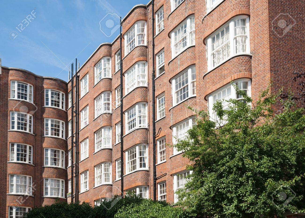 Red brick apartments, Victorian architecture
