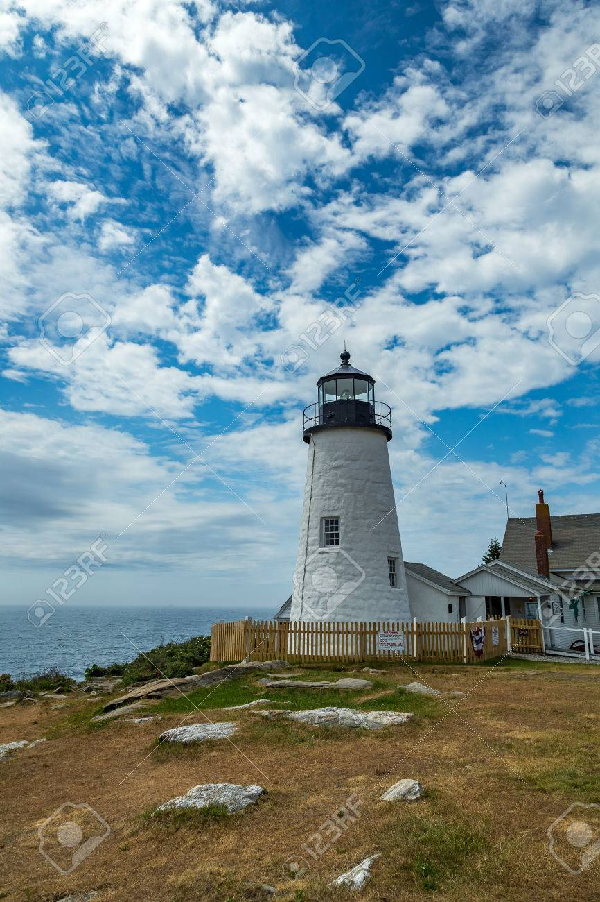 Stock Photo   The Pemaquid Point Light Is A Historic U.S. Lighthouse  Located In Bristol, Lincoln County, Maine, At The Tip Of The Pemaquid Neck.