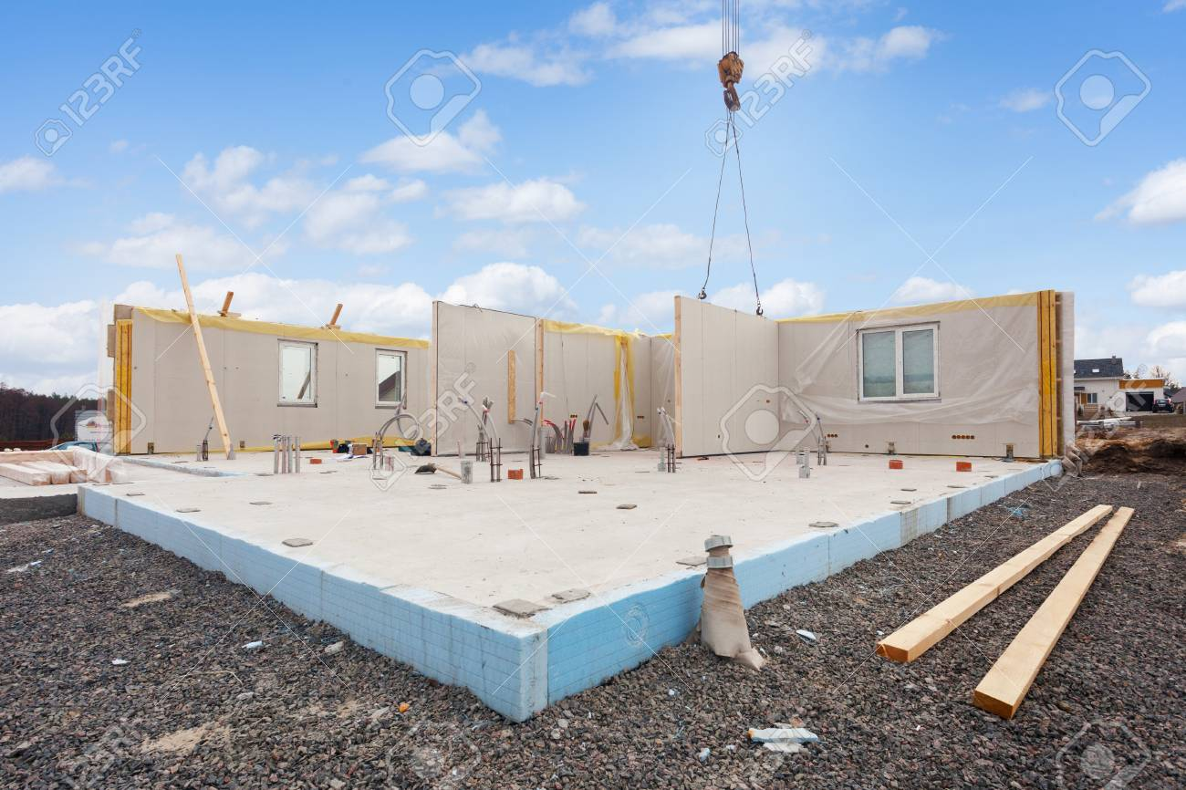 Building the energy efficient house  Structural insulated panels