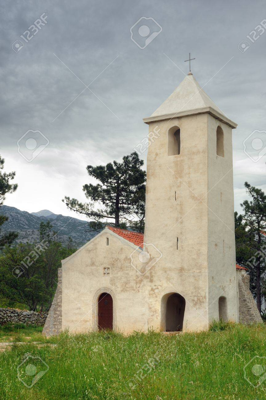 St Peter's Church, medieval church situated on the Adriatic highway between Starigrad and Seline, Starigrad - Paklenica, Croatia Stock Photo - 16279530