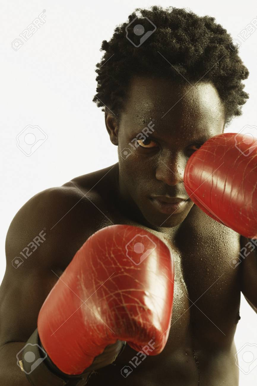 Male boxer fighting Stock Photo - 16070490