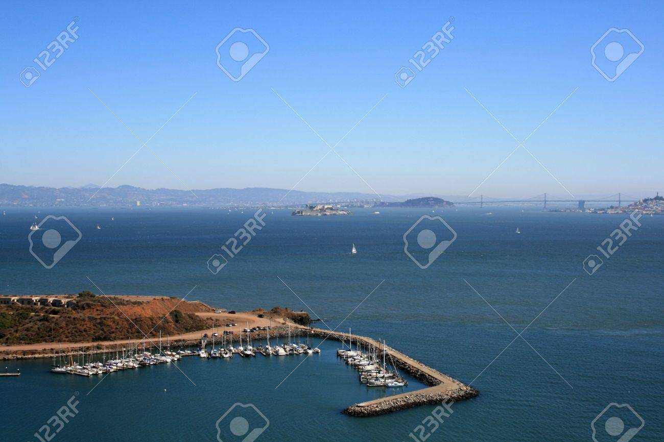 Elevated View of Alcatraz and San Francisco Bay.  Sailboats and blue skies show in this beautiful day. Stock Photo - 5853283