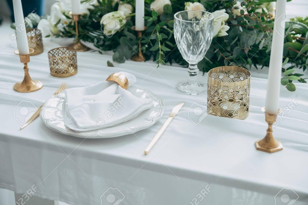 Wedding Decor Flowers Black And Gold Decor Candles Lizenzfreie
