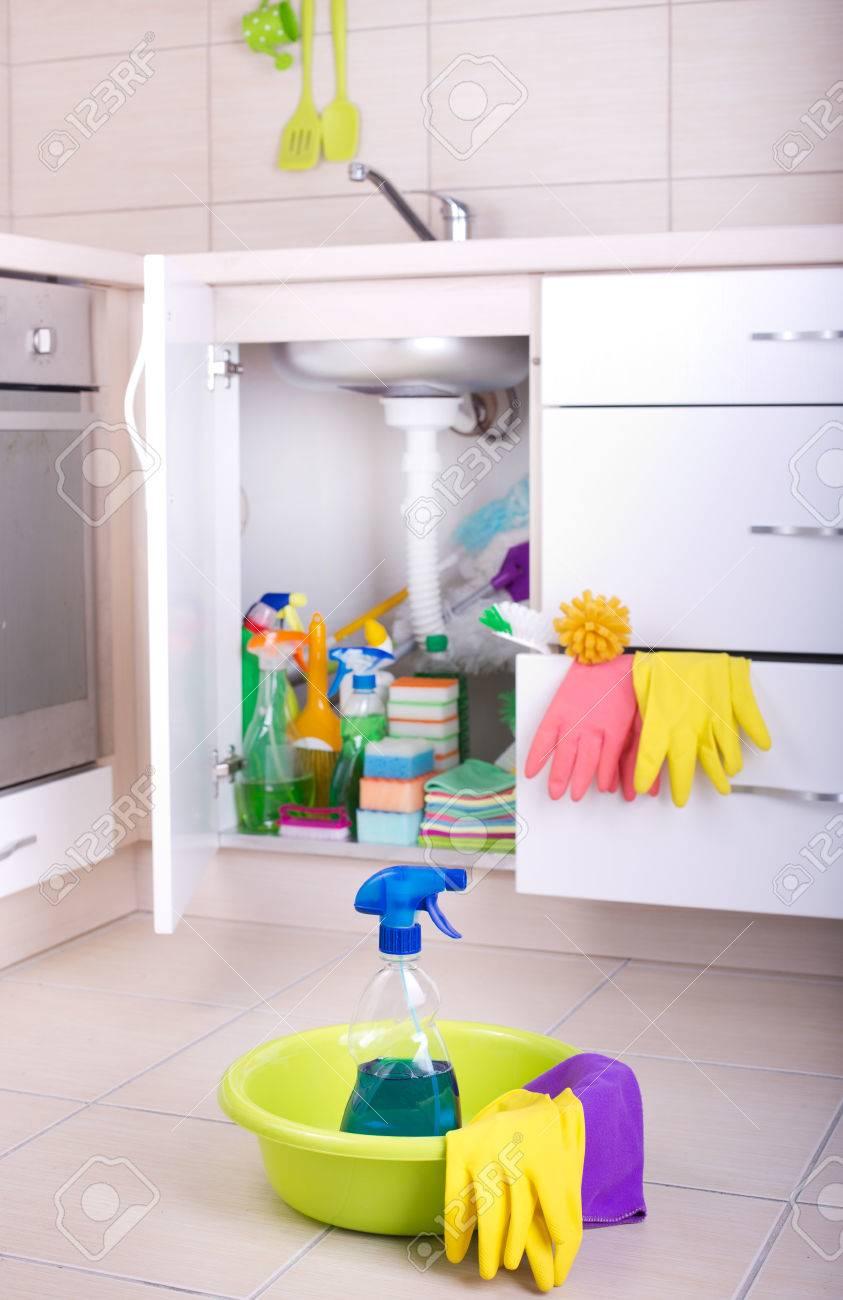 Berühmt Billigste Weg, Küchenboden Wiederholen Galerie - Küche Set ...