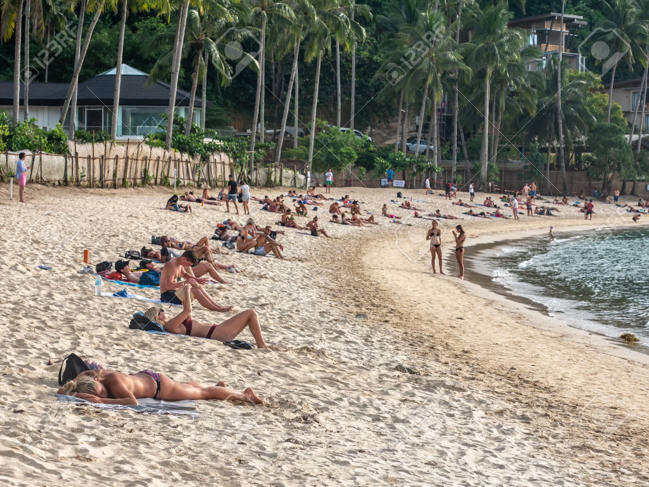 Nov 19,2018 People Who Take A Vacation On The Maremegmeg Beach ...