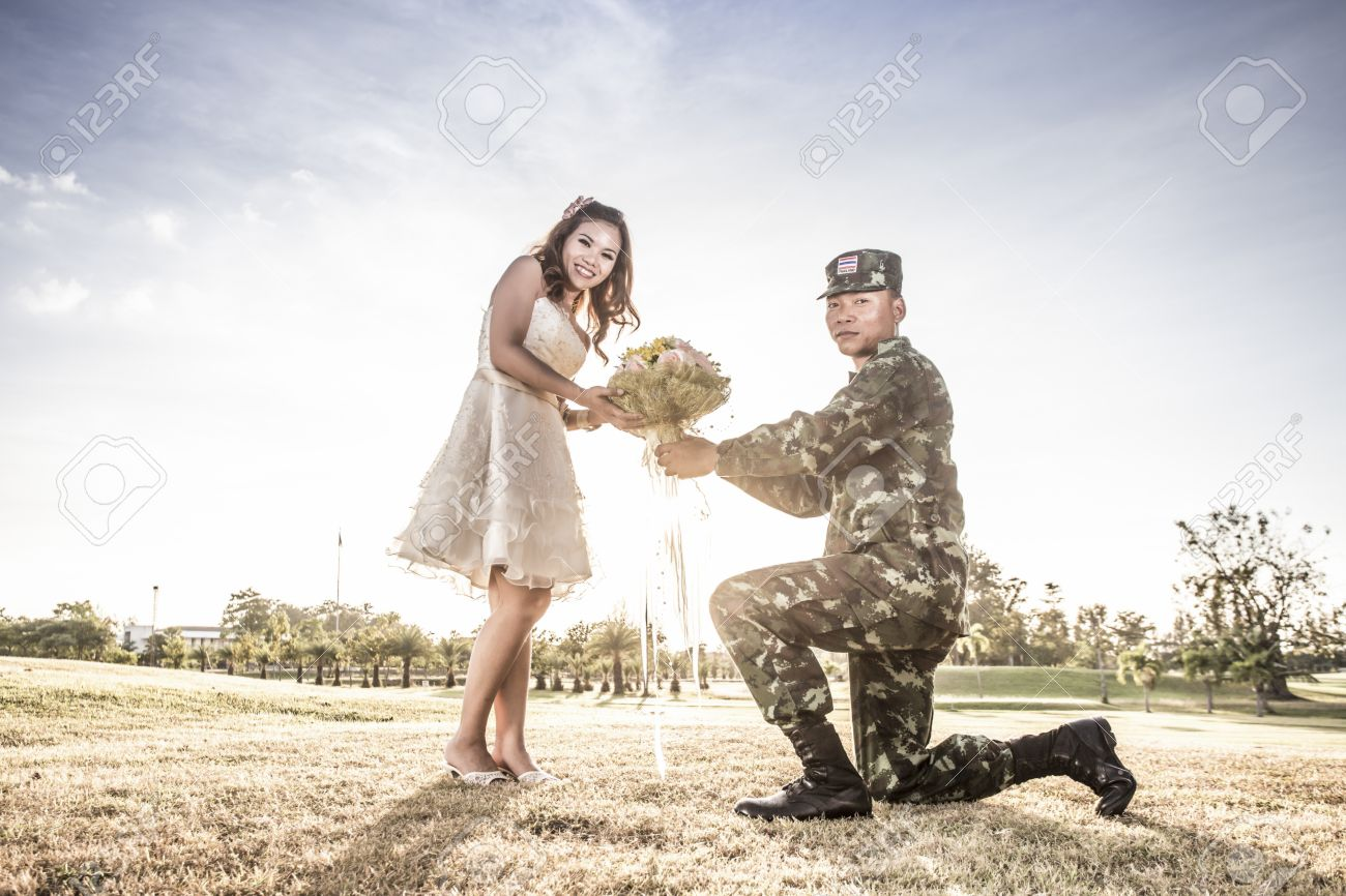 Indian army couple love images
