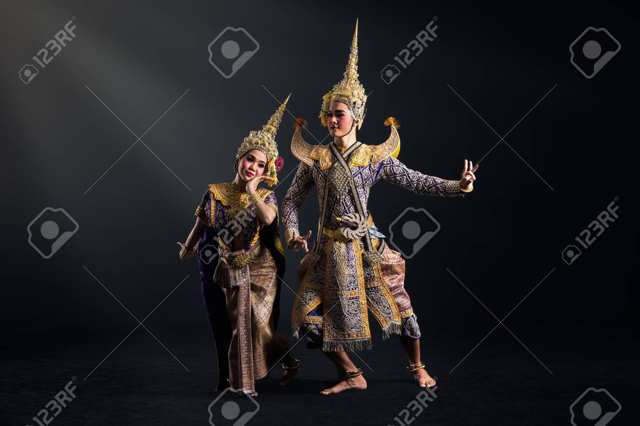 Khon show in traditional costume of Thailand - 75747399