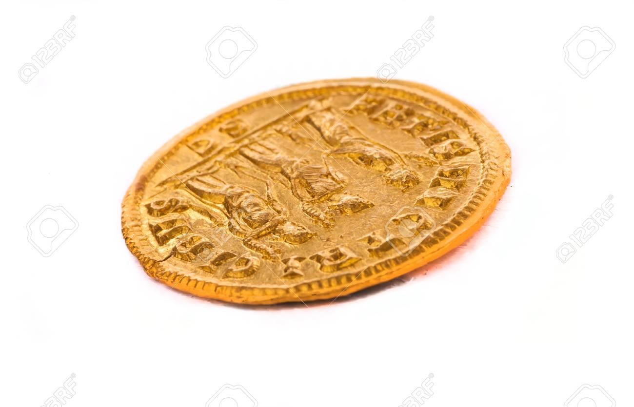 Gold coin of the Roman emperor Diokletianf, 284-305 AD