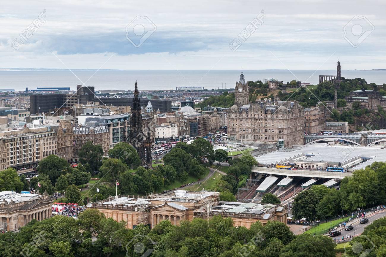 f775b71b1e4f Edinburgh Skyline