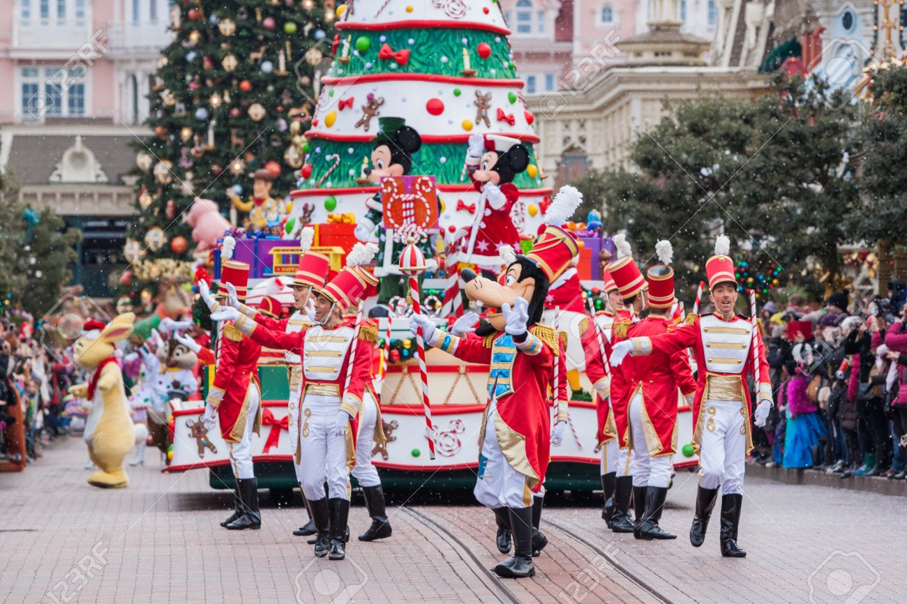 Paris december 31 2013 disney christmas parade in disneyland
