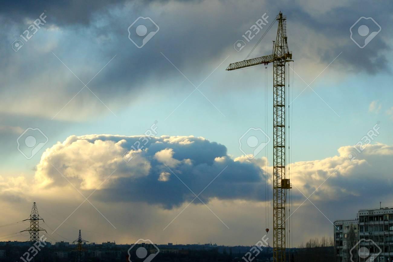 city on background sky Stock Photo - 4025452