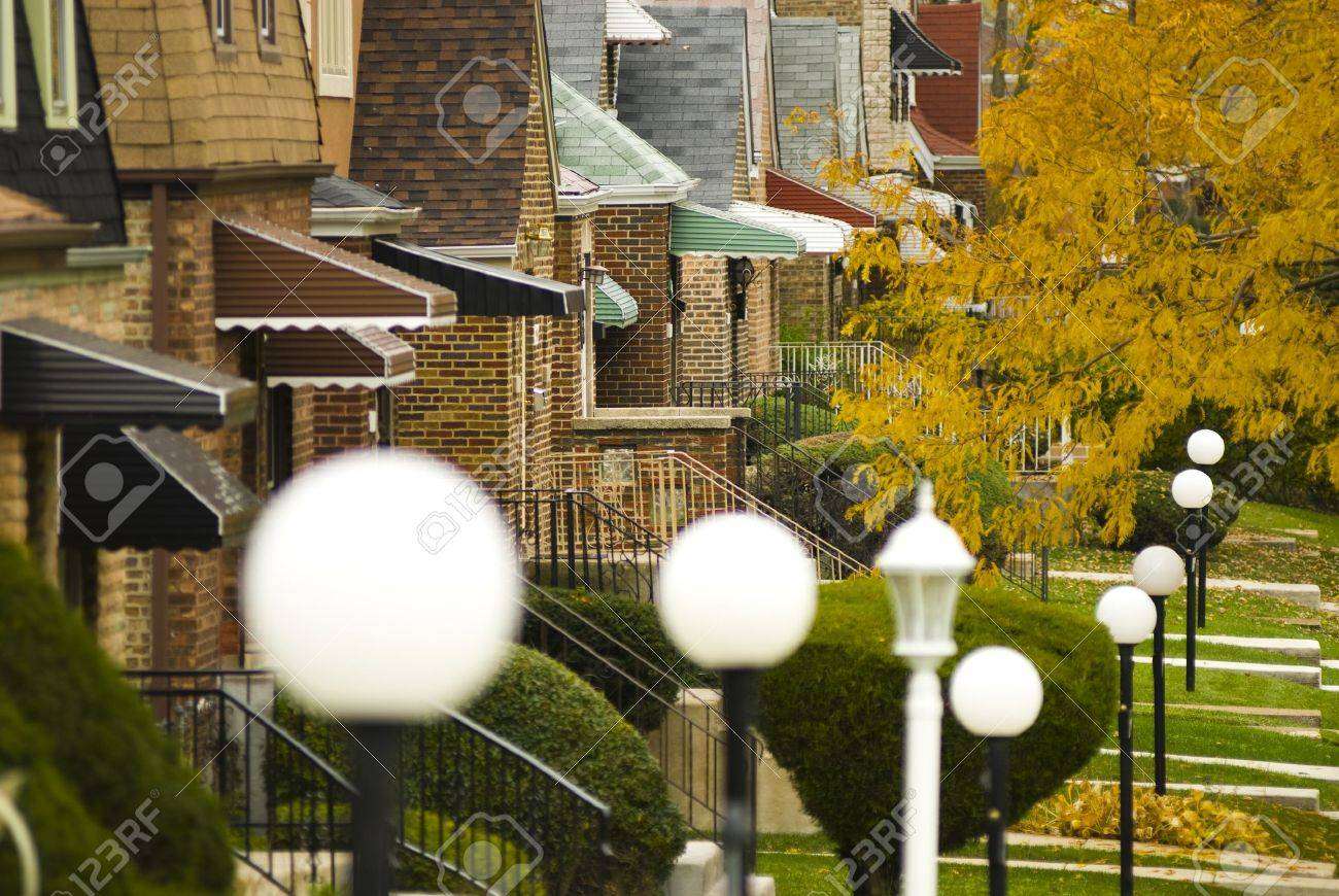 Suburban neighborhood in South Side of Chicago, horizontal Stock Photo - 21221143