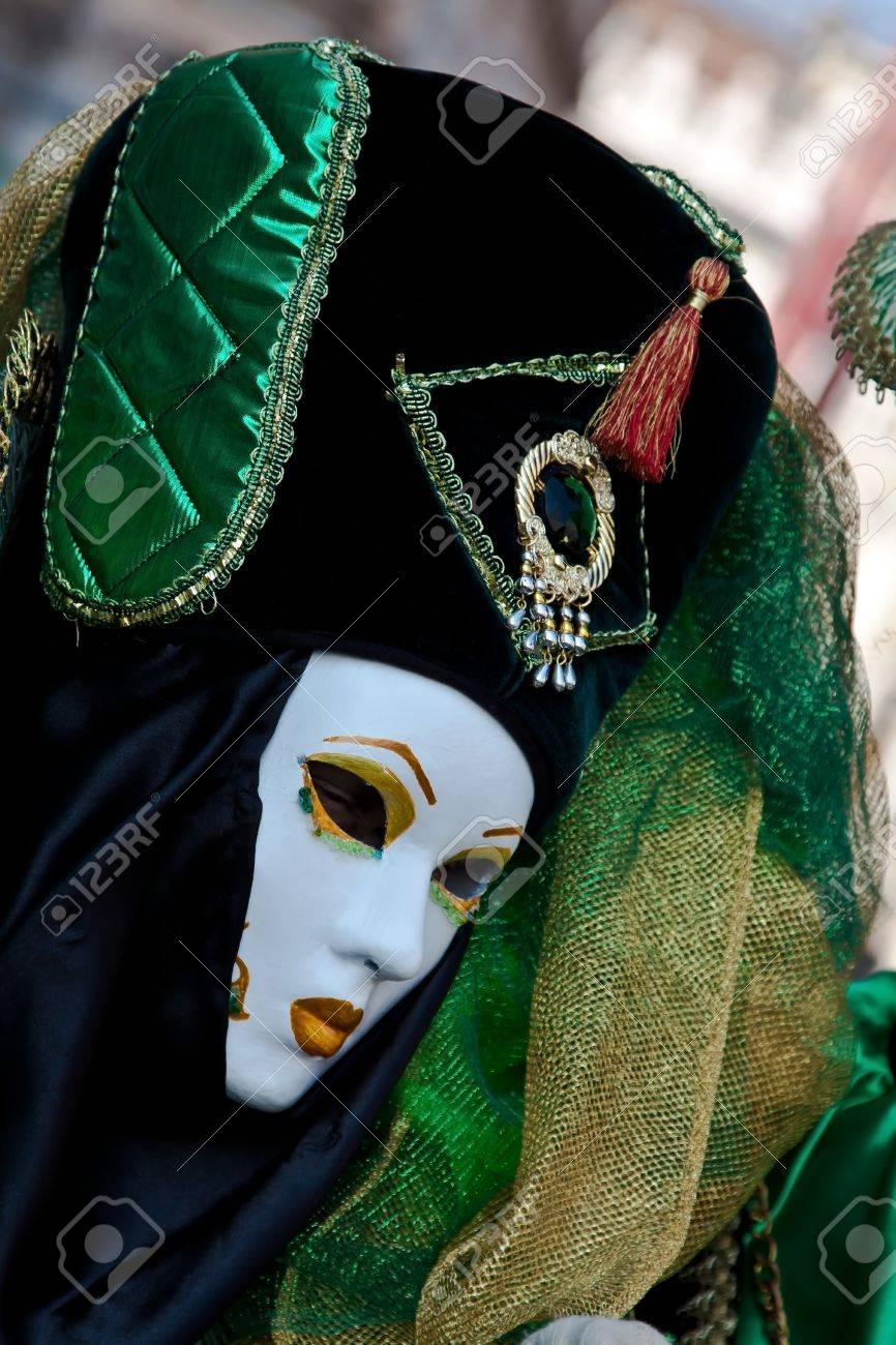 One woman with carnival mask in Venice Stock Photo - 12553384