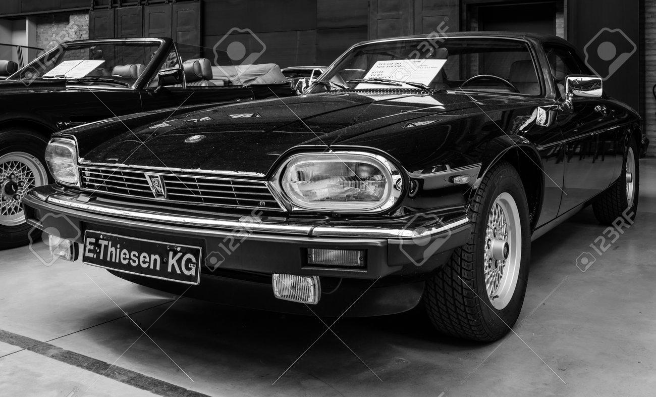 Berlin Deutschland 17 Mai 2014 Auto Jaguar Xjs Schwarz Und