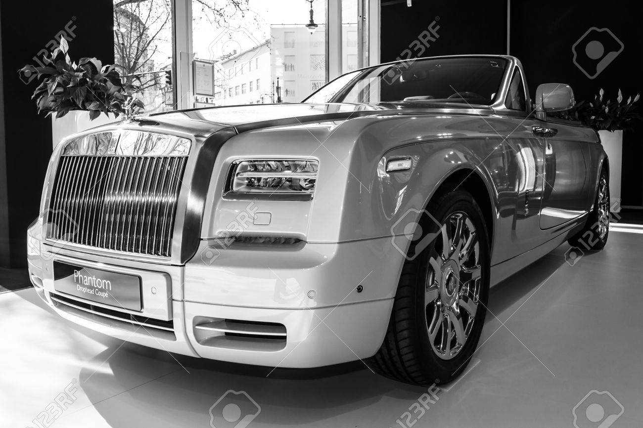 rolls royce phantom 2015 black. berlin march 08 2015 showroom luxury car rollsroyce phantom drophead rolls royce black e