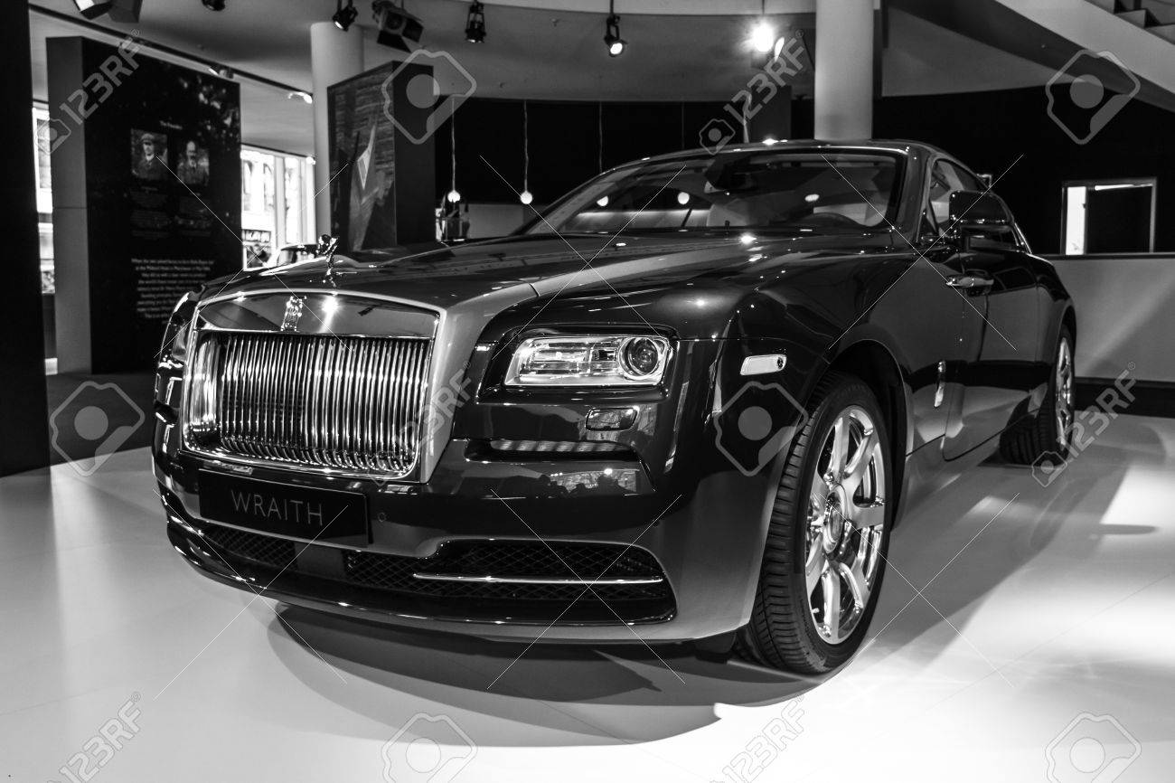 rolls royce wraith 2015 black. berlin march 08 2015 showroom fullsize car rollsroyce rolls royce wraith black