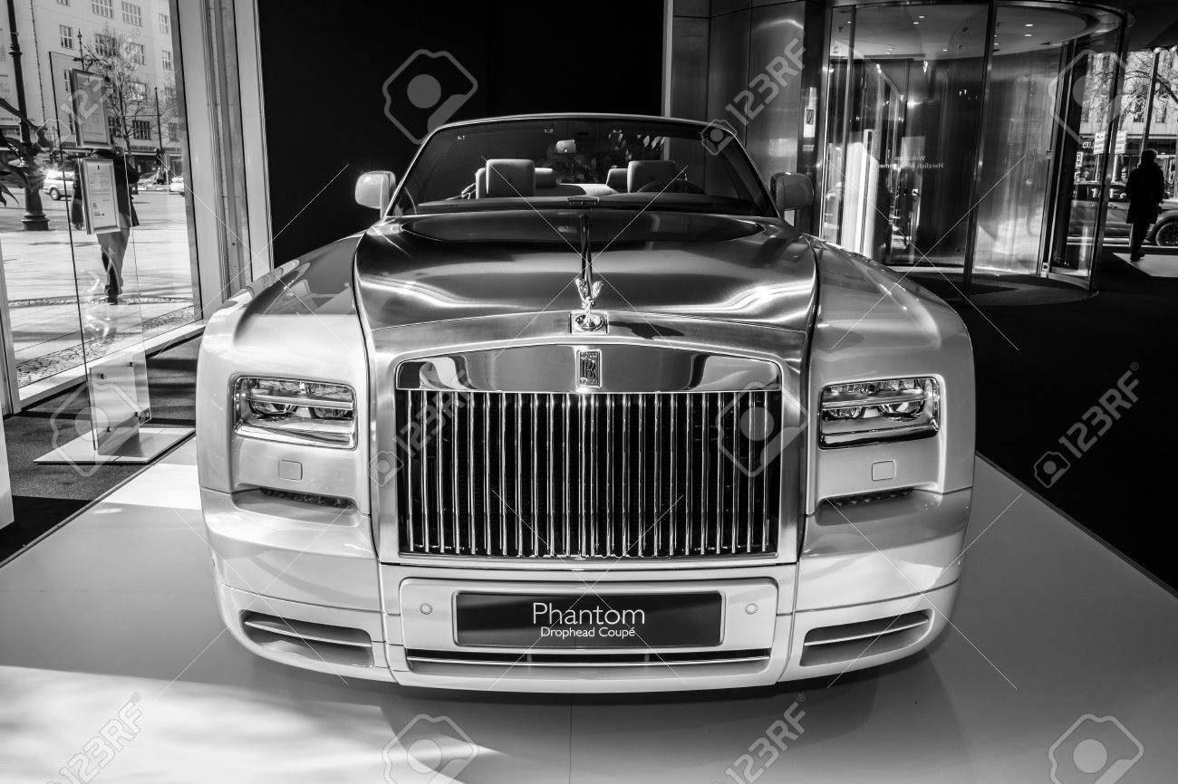rolls royce phantom 2015 black. berlin march 08 2015 showroom luxury car rollsroyce phantom drophead rolls royce black