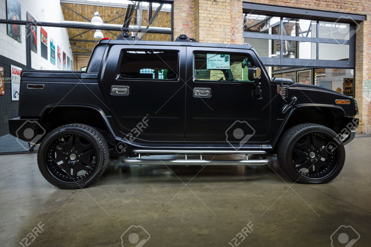 Berlin May 10 2015 Full Size Suv Crew Cab Truck Hummer Stock