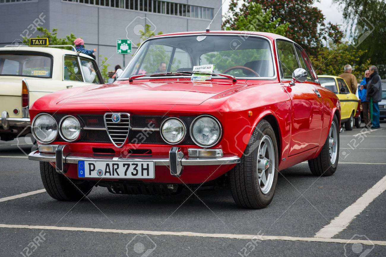 BERLIN   MAY 10, 2015: Sports Car Alfa Romeo 2000 GT Veloce (GTV