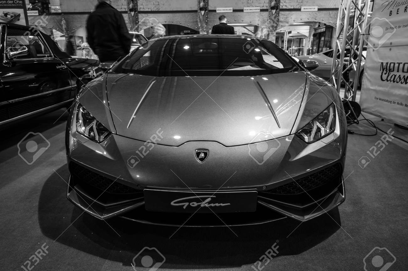 Stuttgart Germany March 17 2016 Sports Car Lamborghini Aventador Stock Photo Picture And Royalty Free Image Image 55626171