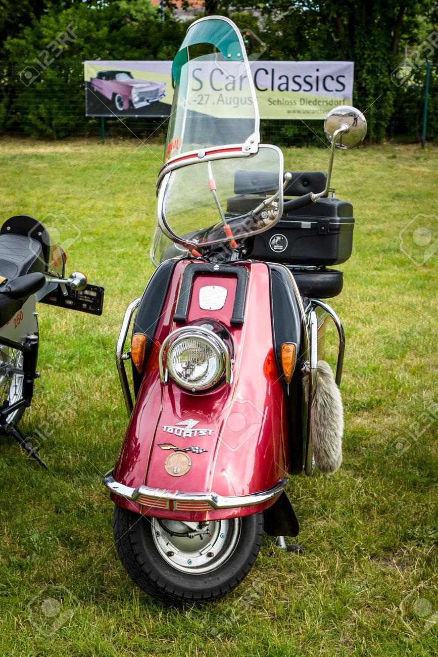 Welp PAAREN IM GLIEN, GERMANY - JUNE 03, 2017: A Motor Scooter Heinkel HU-03