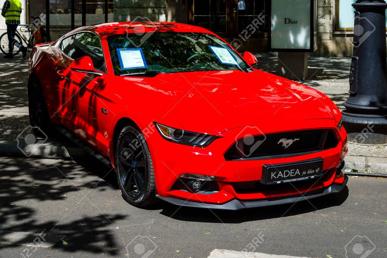 Ford Mustang Gt >> Berlin June 17 2017 Pony Car Ford Mustang Gt 2016 Classic
