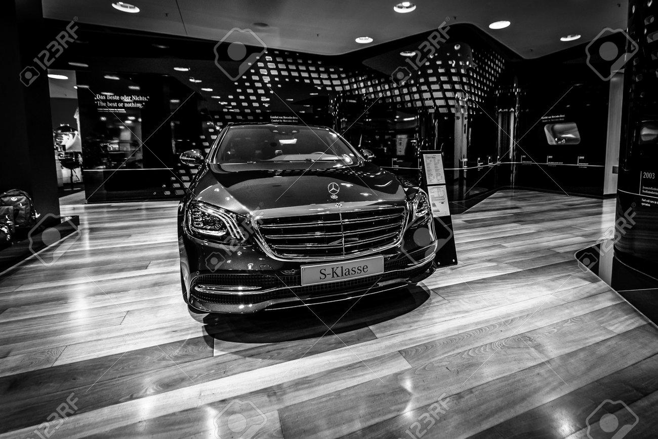 berlin - december 21, 2017: showroom. full-size luxury car mercedes