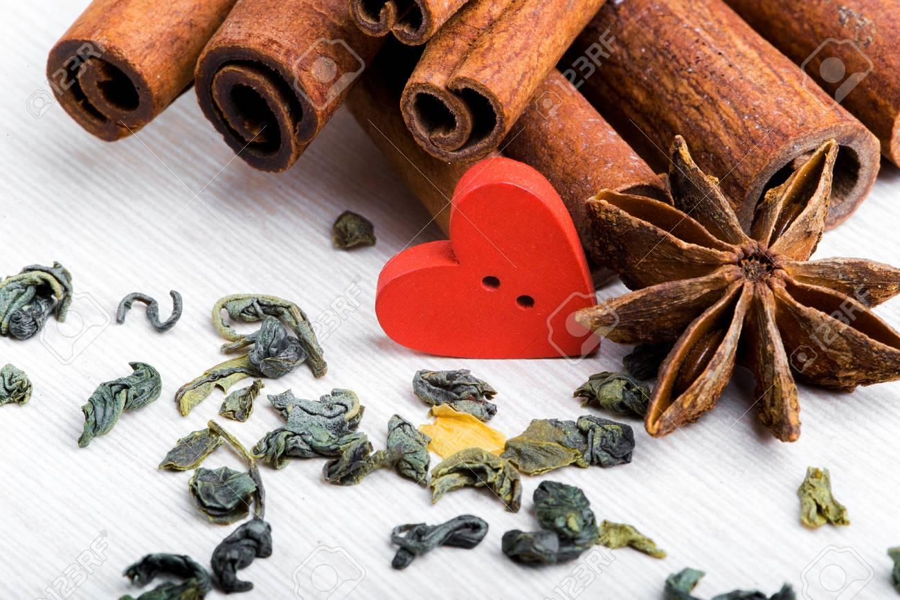 Essen Mit Liebe Gekocht Valentinstag Herz Auf Einem Weissen