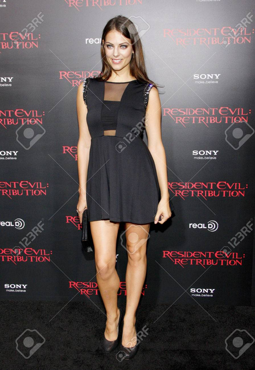 Julia Voth At The Los Angeles Premiere Of Resident Evil