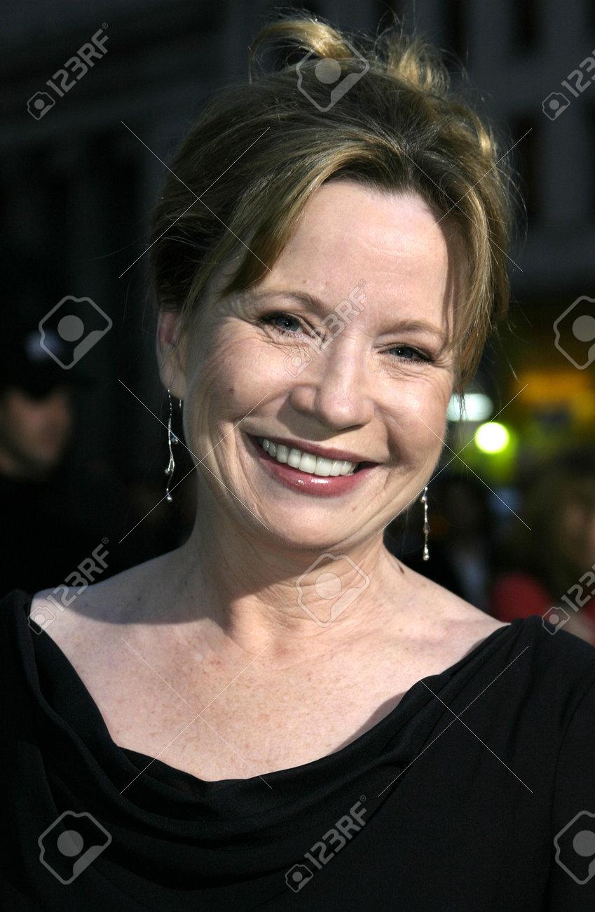 Carly Foulkes,Yoshie Hayasaka Hot photos Linda Lawson (actress),Linda Kaye Henning