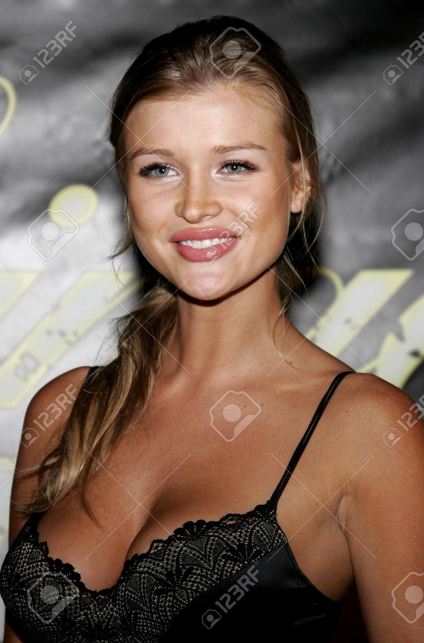 Joanna Krupa Nude Photos 76