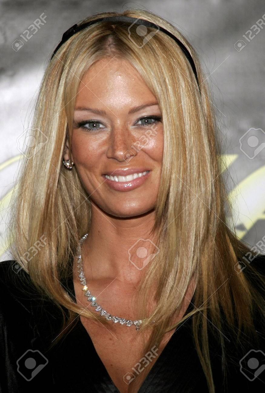 Jenna Jameson At The Lingerie Bowl Iv Kick Off Party Held At The Les Deux