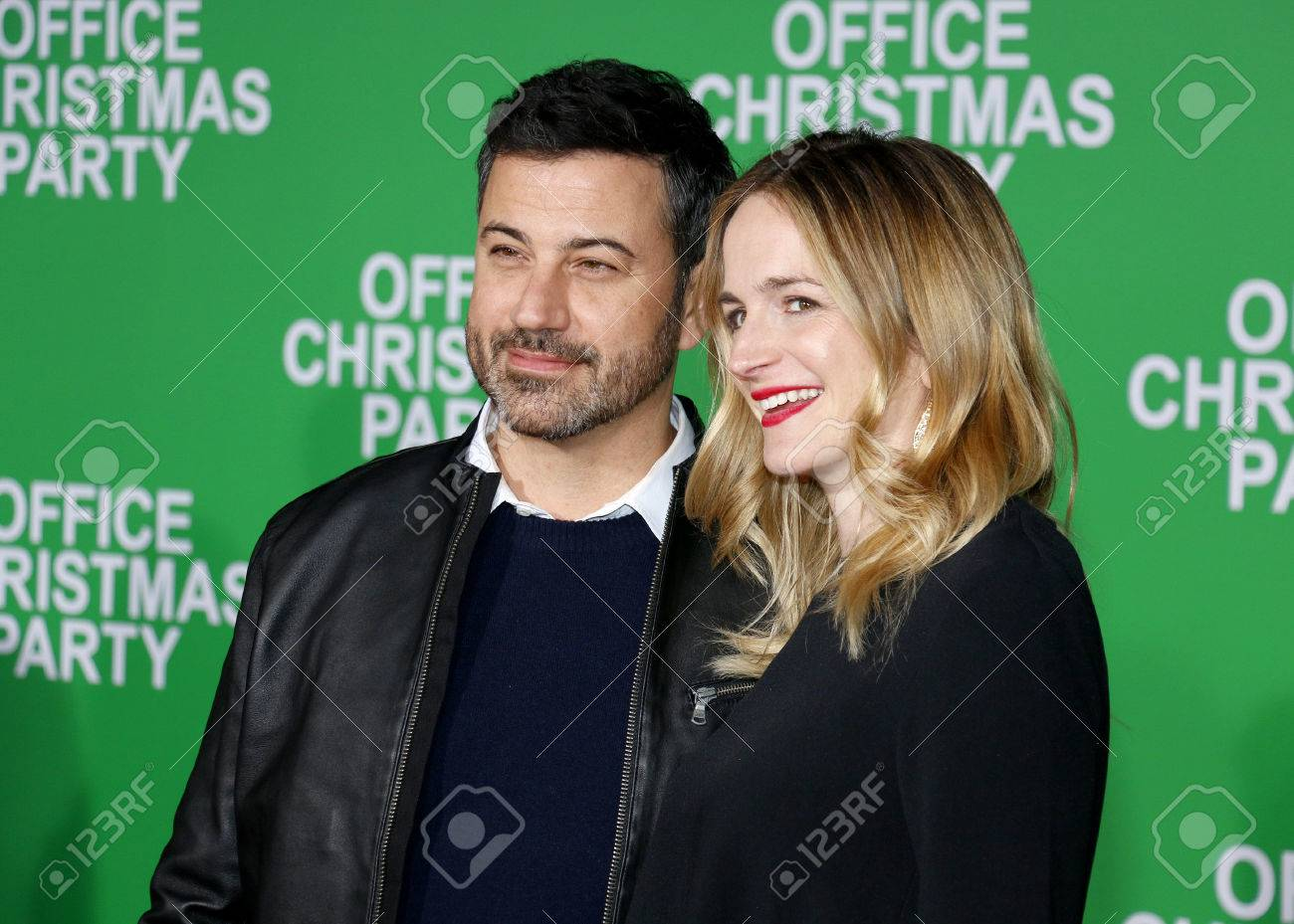 Jimmy Kimmel Christmas.Jimmy Kimmel And Molly Mcnearney At The Los Angeles Premiere