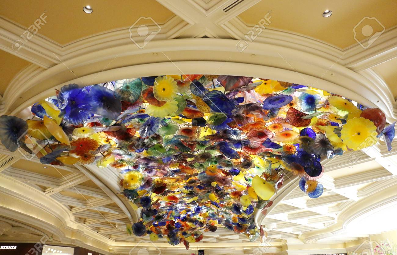 Dale Chihuly S Art Blossoms At Bellagio Hotel In Las Vegas Nv