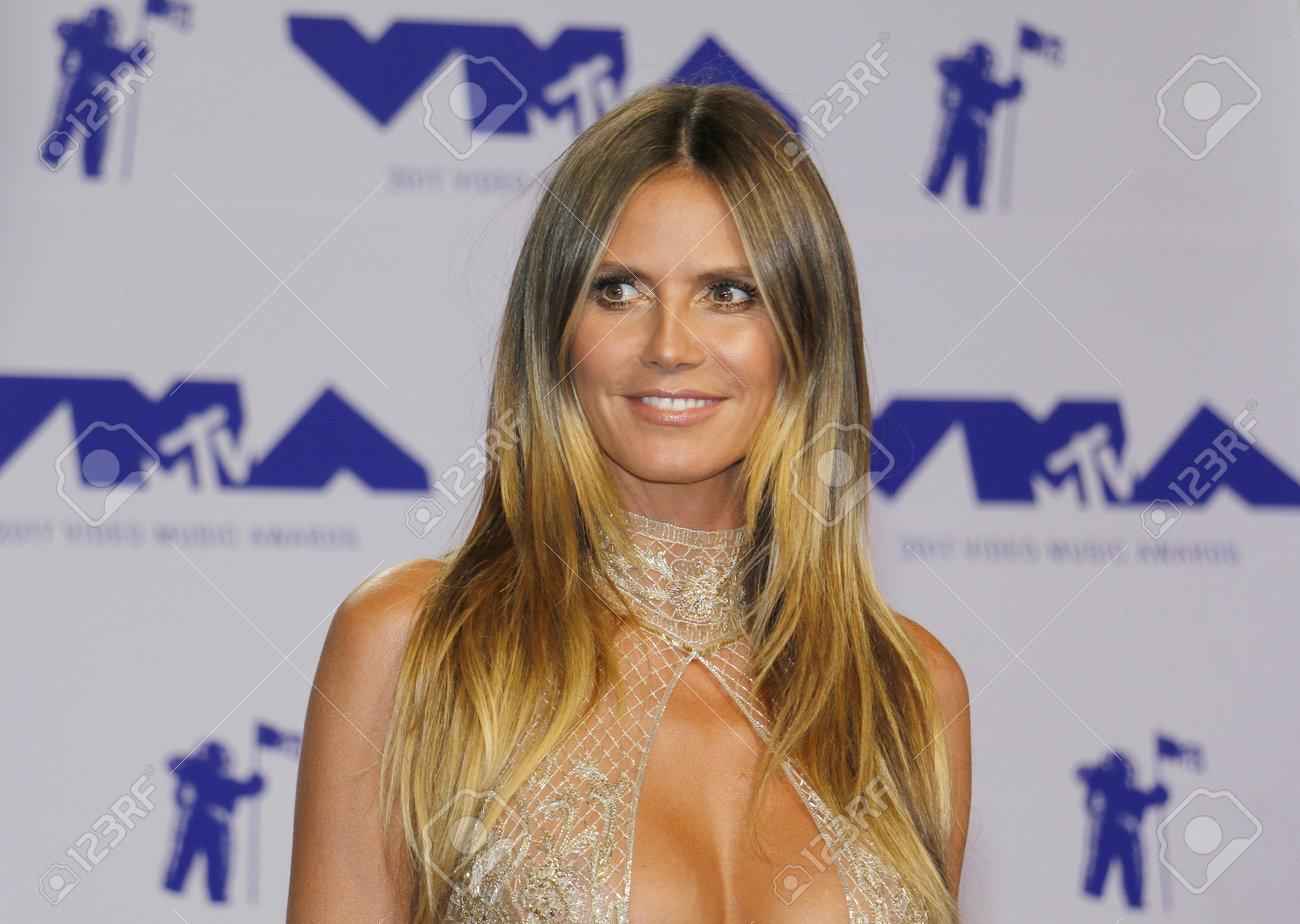 Video Heidi Klum nudes (34 foto and video), Pussy, Hot, Selfie, underwear 2018