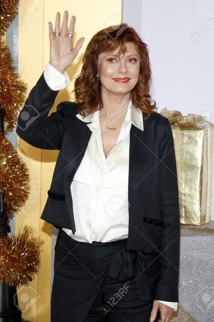Bad Moms Christmas Susan Sarandon.Susan Sarandon At The Los Angeles Premiere Of A Bad Moms Christmas
