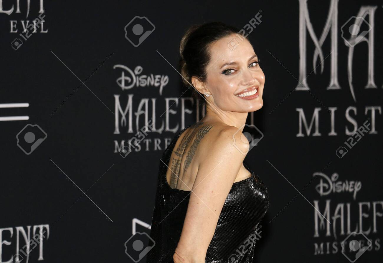 Angelina Jolie At The World Premiere Of Disney S Maleficent