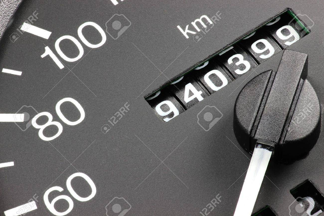 odometer of used car showing mileage of 940 399 - 52073485
