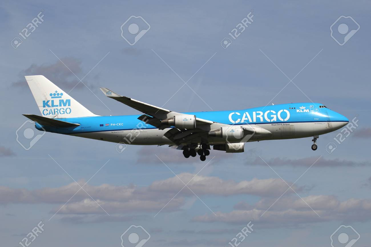 Dutch KLM Cargo Boeing 747-400F with registration PH-CKC on short