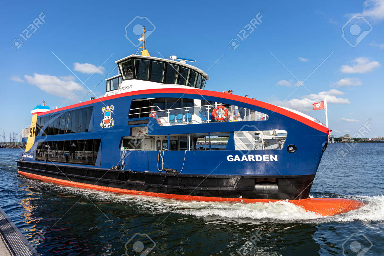 SFK passenger ship GAARDEN in the Kiel Fjord - 172332750
