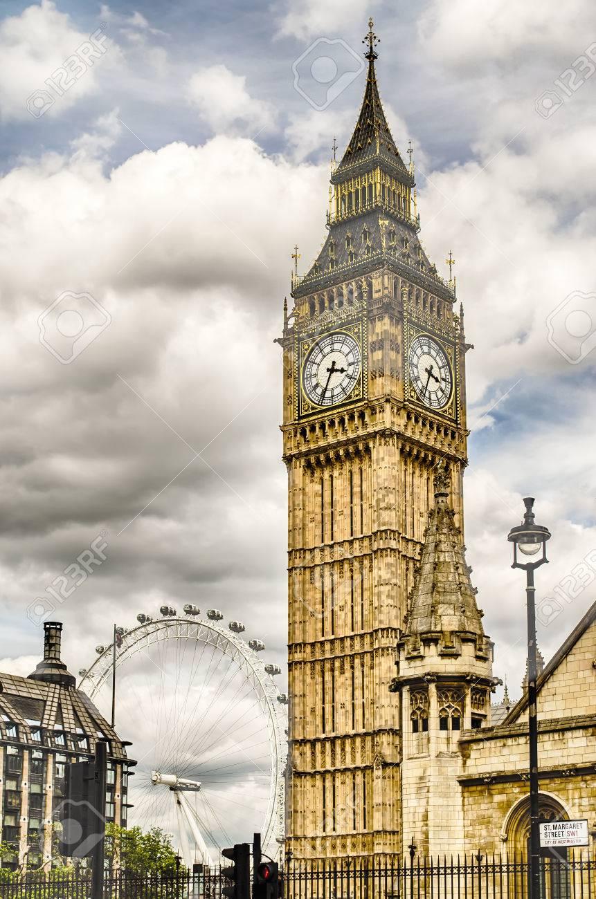 Le Big Ben, Houses of Parliament, Londres, Royaume-Uni Banque d'images - 45851398