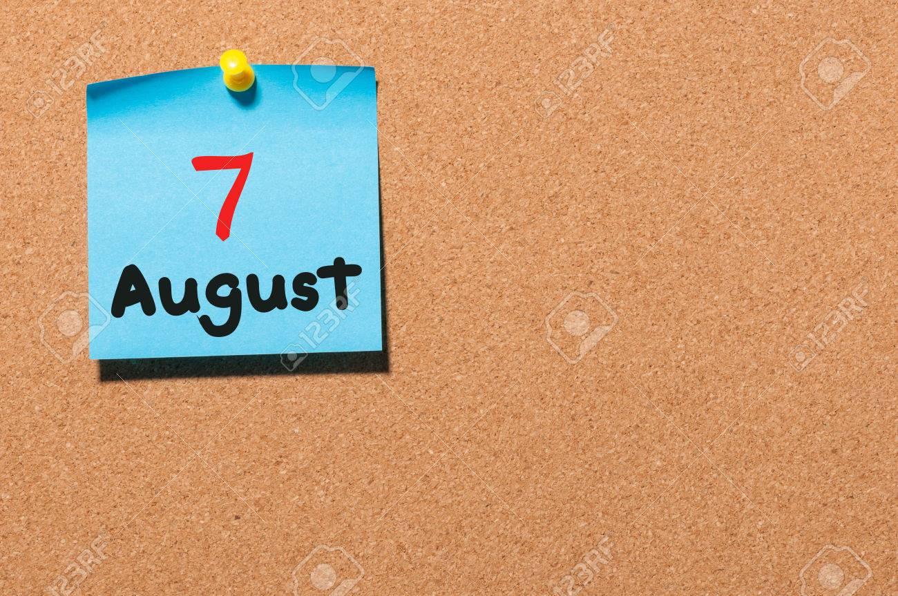 Calendario Giorno.7 Agosto 7 Giorno Del Mese Di Calendario Colore Adesivo Sulla Bacheca