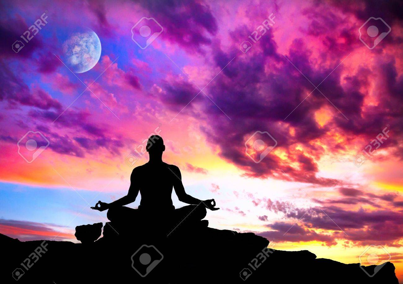 Meditation Sunset Lizenzfreie Vektorgrafiken Kaufen: 123RF