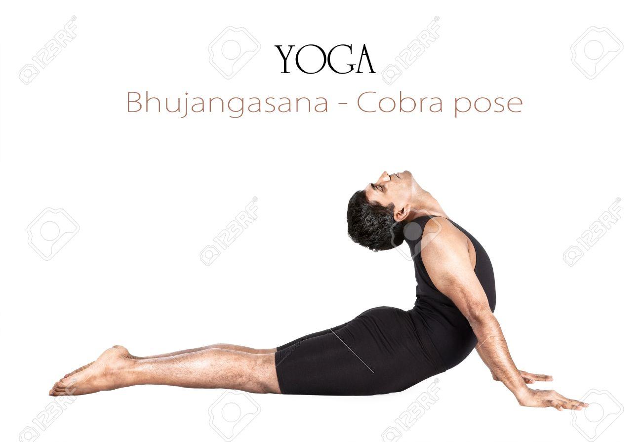 Yoga Bhujangasana Postura De La Cobra Por El Hombre Indio En Paño ...