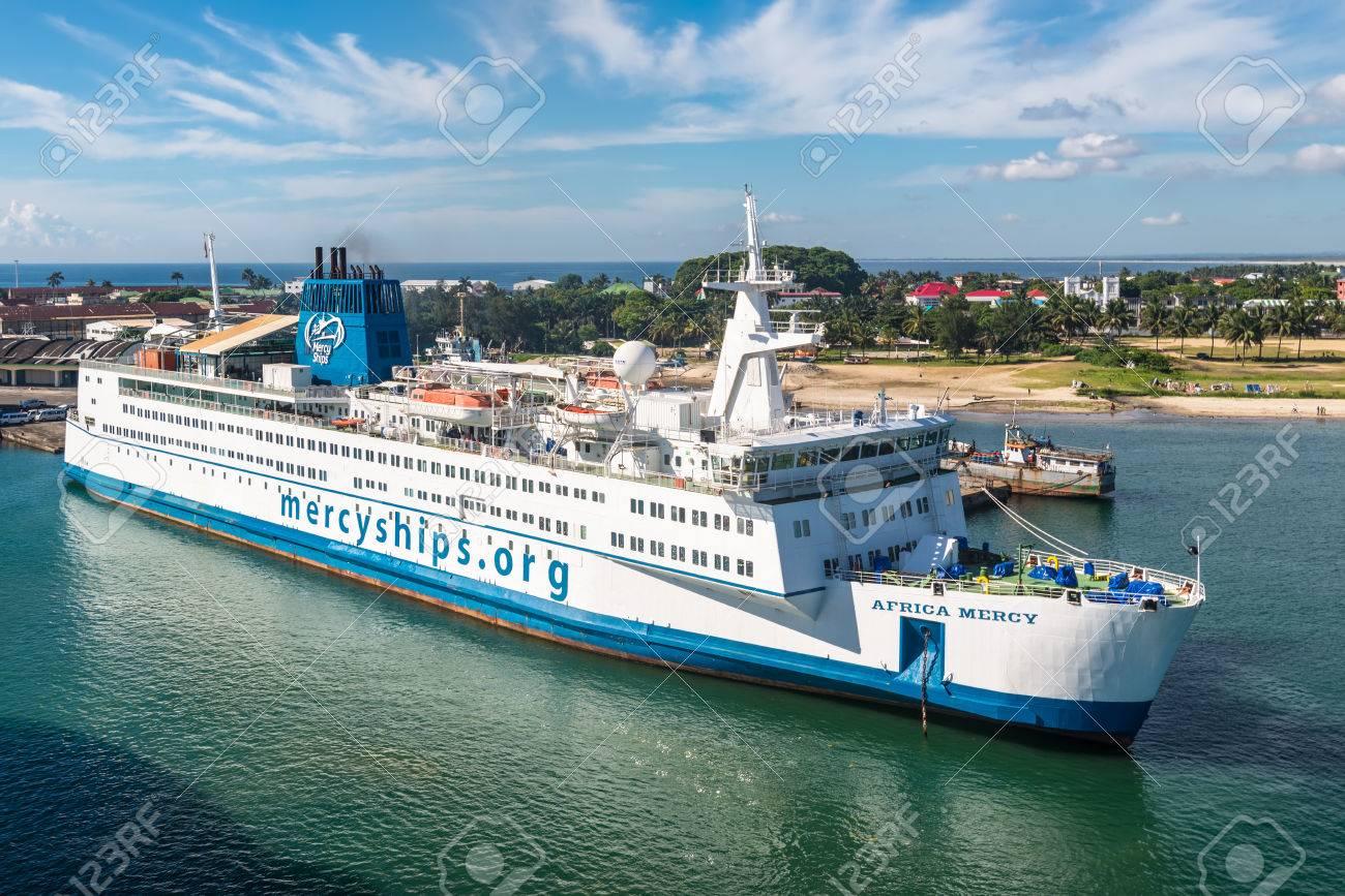 Toamasina madagascar december 22 2017 hospital ship africa toamasina madagascar december 22 2017 hospital ship africa mercy in the port stopboris Images