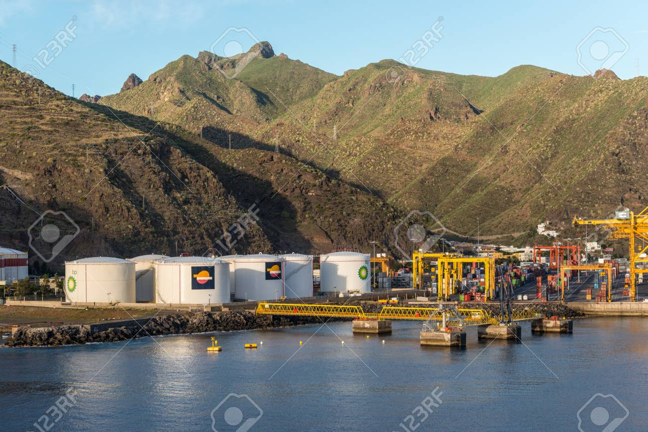 Santa Cruz De Tenerife, Canary Islands, Spain   Desember 11, 2016: View
