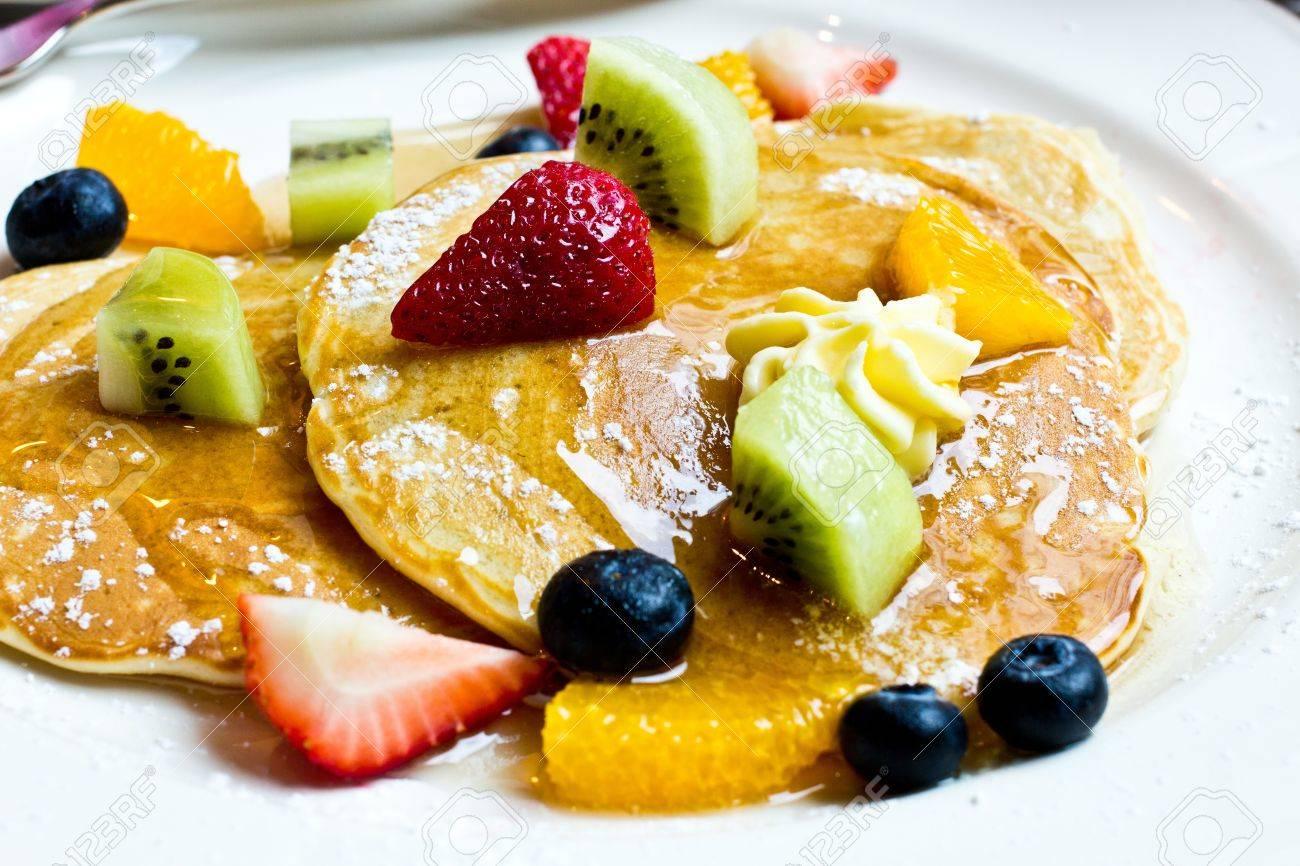 Delicious pancake with fresh stawberry, kiwi, orange, blueberry Stock Photo - 15780048