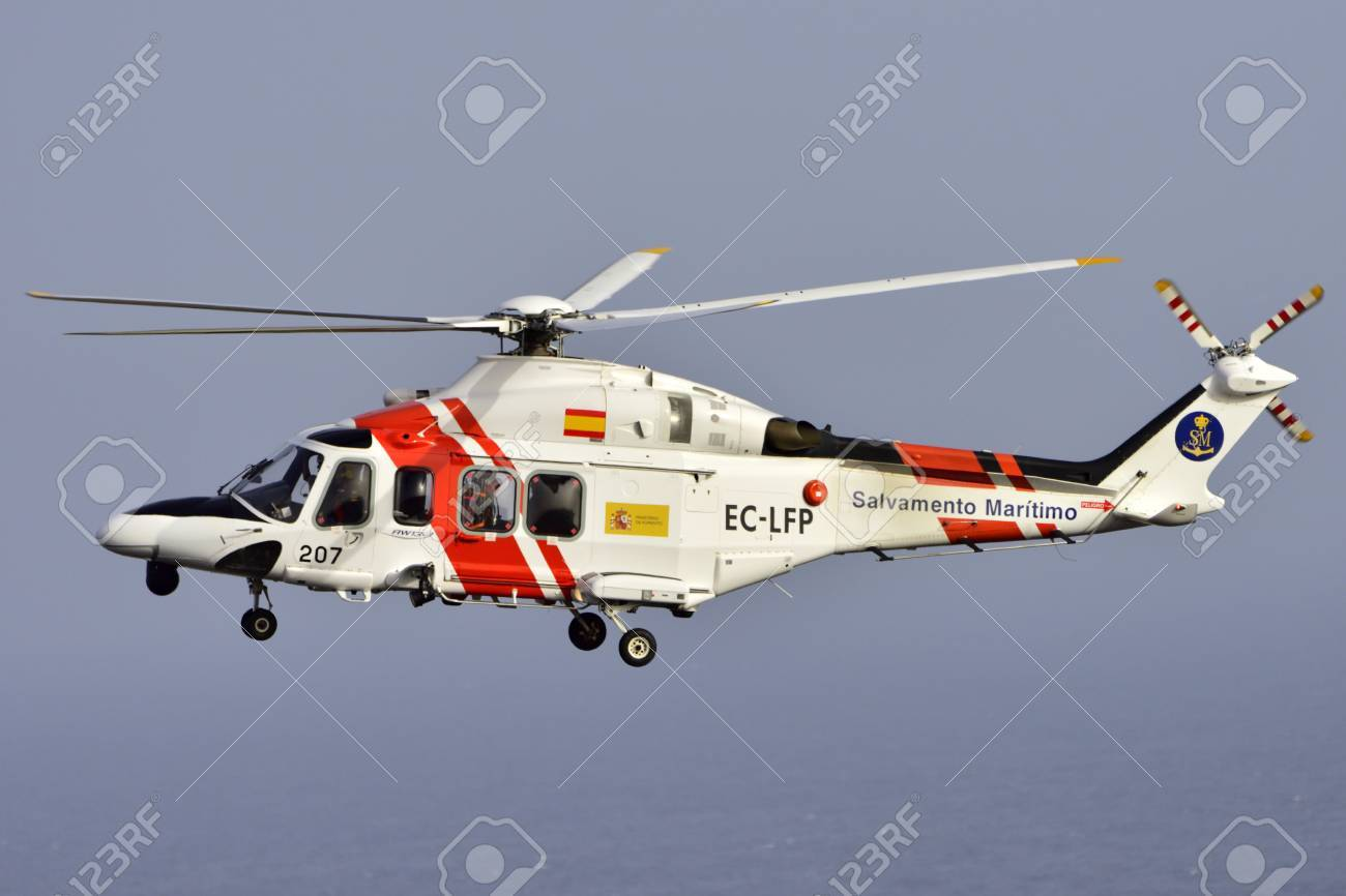 Elicottero 139 : Tenerife spain july 17 2017: helicopter sea rescue augusta