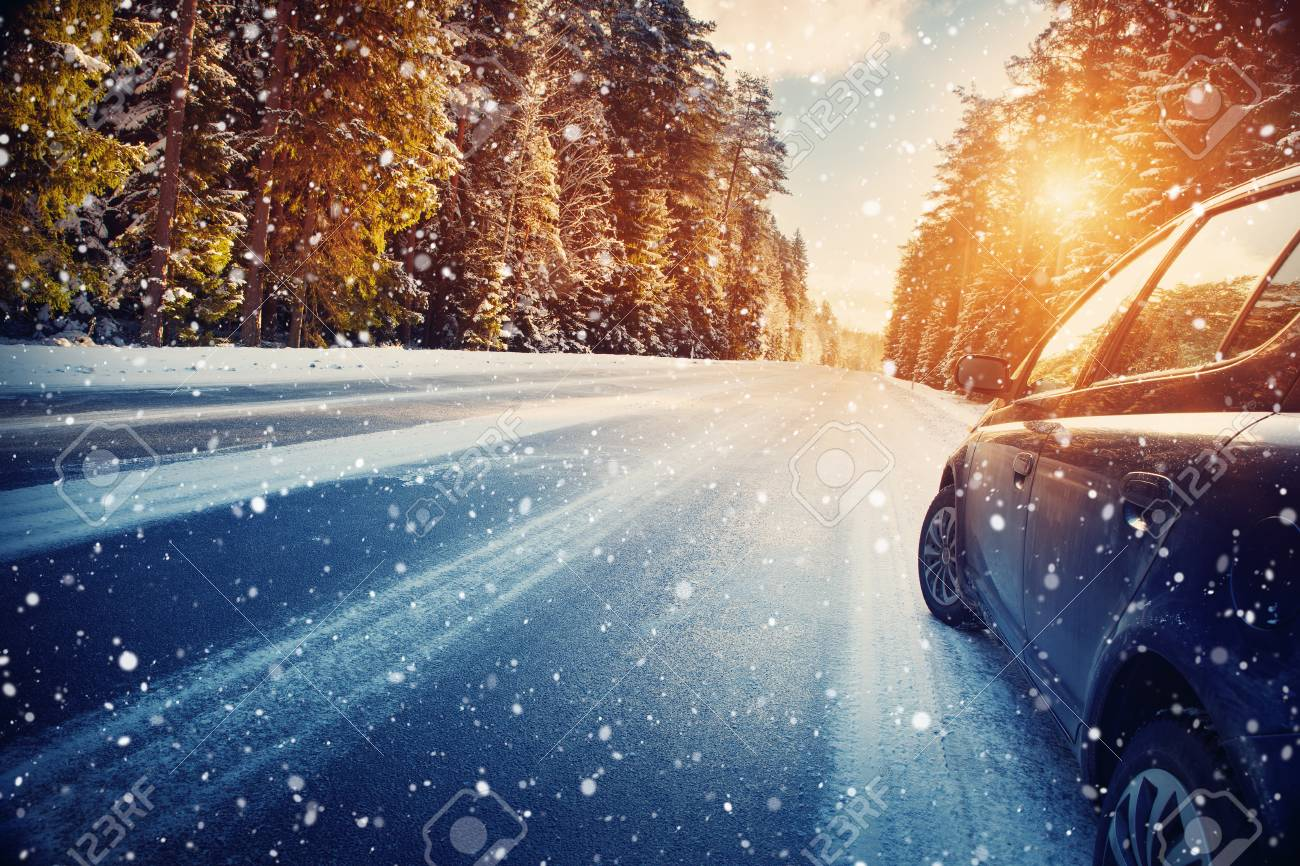 winter road in the morning - 87879520