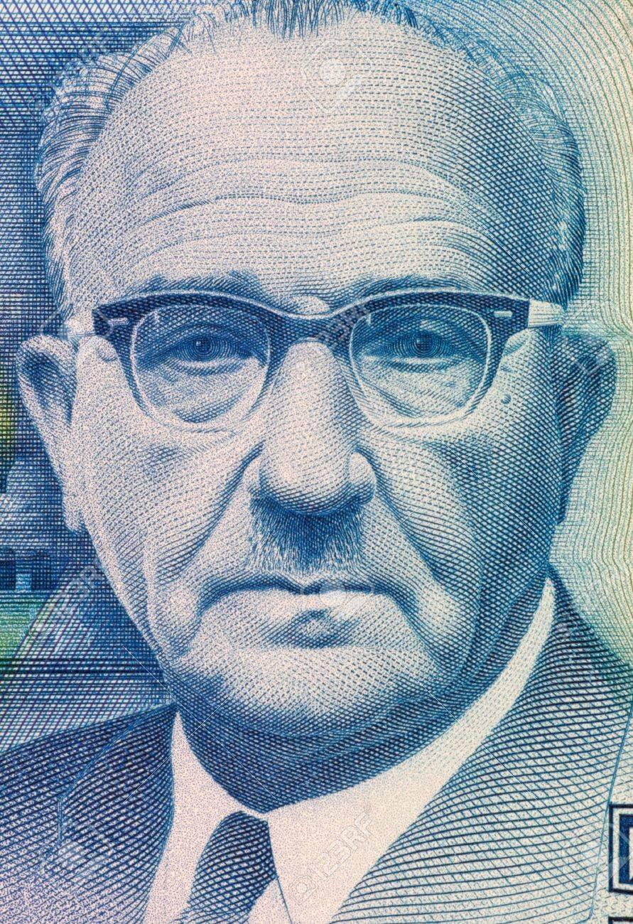 レヴィ・エシュコル